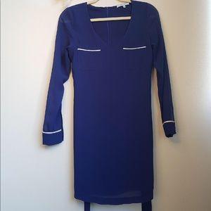 💕3 for $25💕 Royal blue long sleeve dress
